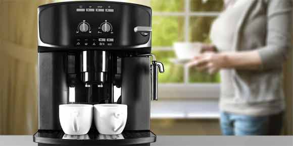 Plugin the coffee maker