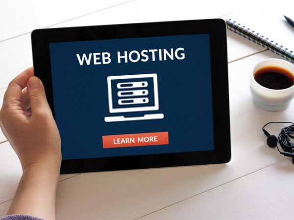 What is the Difference Between Shared Hosting and Dedicated Hosting?