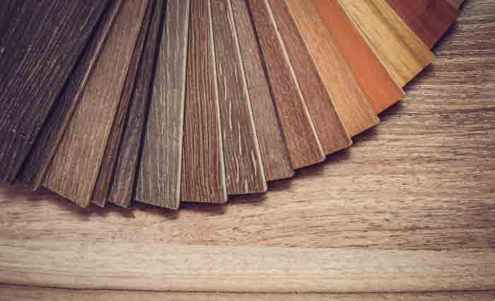 How to Set Footing on Wooden Flooring